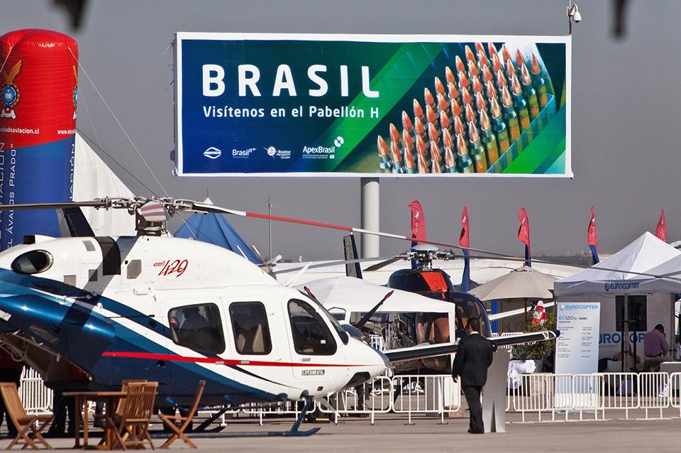 img_6333_Apex_Brasil_Fidae2012_2803